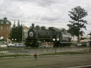 pomnik-lokomotywa