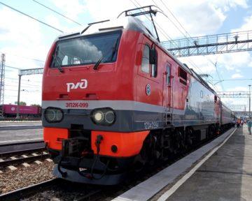 kolej-transsyberyjska-lokomotywa