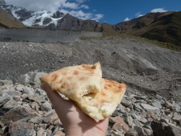 chachapuri-lodowiec